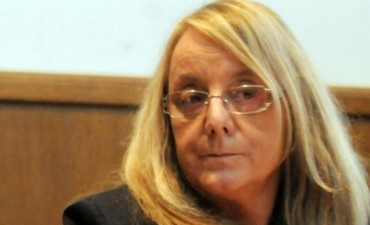 Alicia Kirchner anunció que reducirá el número de empleados públicos en Santa Cruz