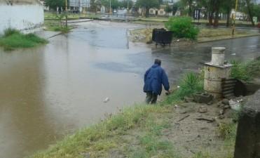 Más Calles inundadas en  distintos sectores de Capital