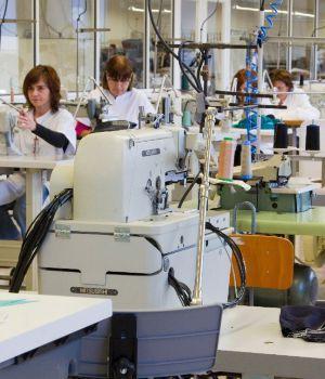 Rechazan reforma laboral en textiles