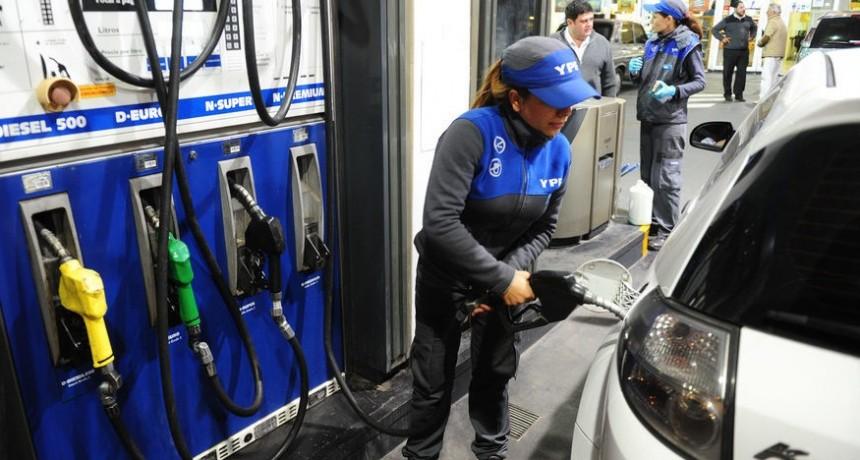 YPF bajó la nafta