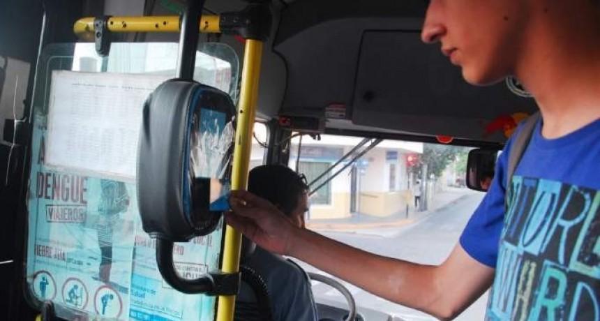 Empresarios del transporte presionan y el jueves podría no haber servicio