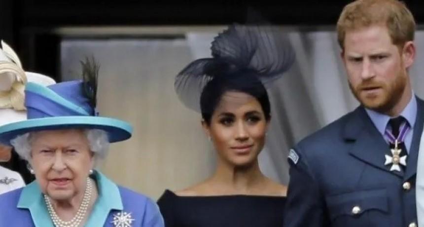 La reunión secreta que convocó la reina Isabel II para definir el futuro de Harry y Meghan