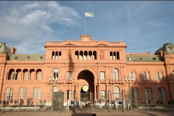 Cambio de paradigma: los funcionarios de Casa Rosada deberán pagar por sus comidas