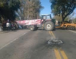 Tabacaleros tucumanos protestan y cortan la ruta 38