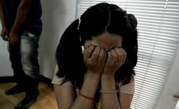 ABERRANTE: Violaba a su hija y su mujer lo sabía, los dos van presos