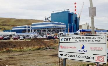Crisis en Santa Cruz: ya hay cientos de despidos en la polémica usina a carbón