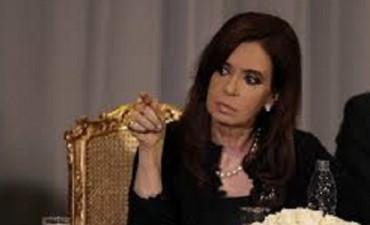 Cristina Kirchner ya cuenta con su web para el regreso