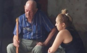Abuelo de 90 años fue desalojado en Valle Viejo,vecinos cortaron la ruta en su apoyo
