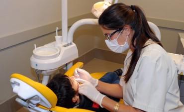 Atención oftalmológica y odontológica gratuita para chicos en edad escolar
