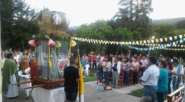 La Virgen del Valle recorrió  Paclín