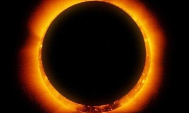 """Camarones """"desbordada"""" por el eclipse de sol"""