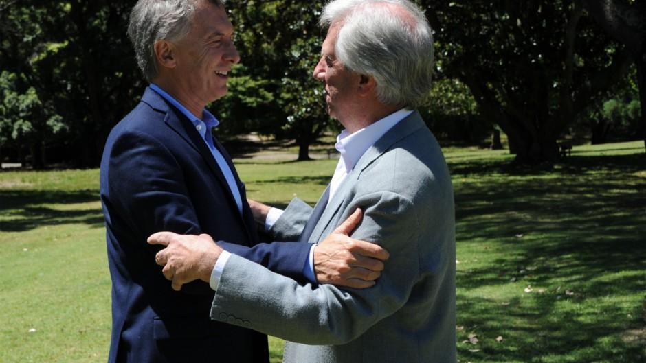 Macri y Tabaré pidieron
