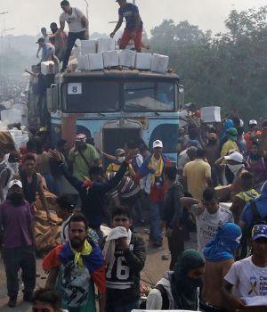 5 muertos y más de 130 heridos por represión en Venezuela