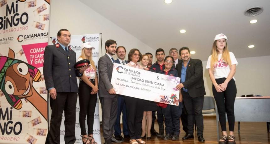 """Corpacci entregó los fondos a las instituciones que participaron de """"Mi Bingo Catamarqueño"""""""