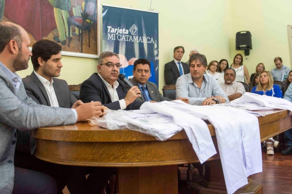 Lanzan Tarjeta Mi Catamarca: beneficiará a 120 mil alumnos para la compra de kits escolares