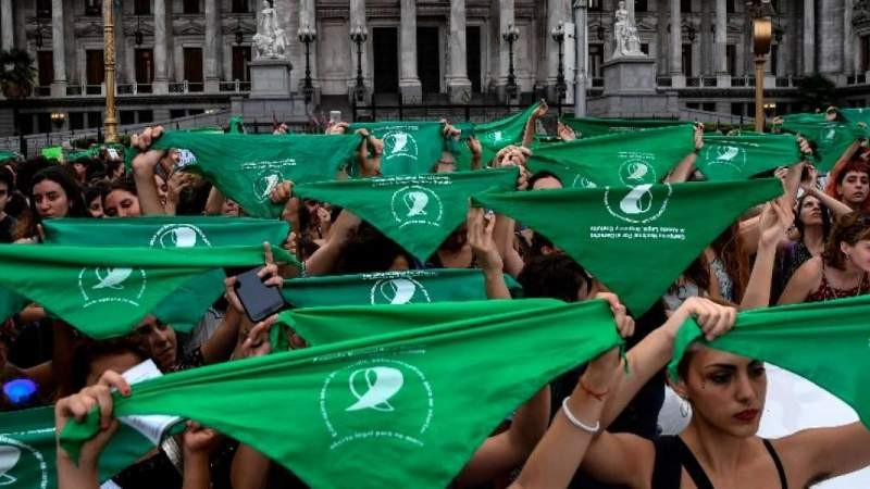 19F: mujeres de todo el país harán un pañuelazo por el aborto legal