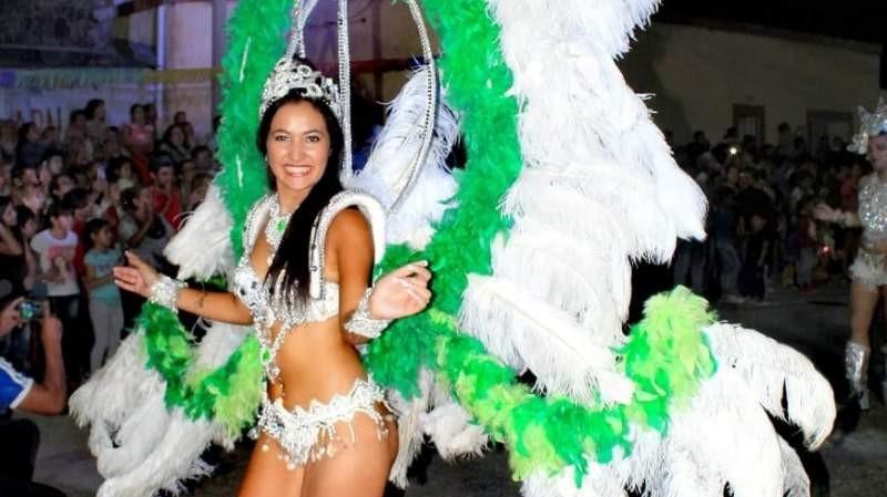 Carnavales : cartelera completa en toda la provincia
