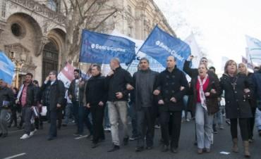 Los bancarios se suman al paro convocado por gremios del transporte para el 31 de marzo