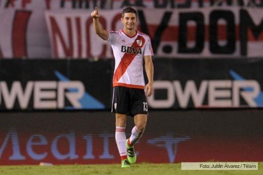 En final vibrante, Alario metió un gol que le permite a River mantenerse en pelea