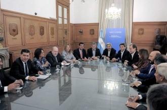 Gobierno y mandatarios provinciales se reúnen en busca de un acuerdo sobre el reparto de fondos coparticipables