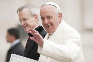 Papa Francisco alcanza su máximo de popularidad en América Latina