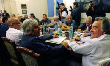 Preparan la convocatoria a un congreso de reunificación de la CGT en agosto