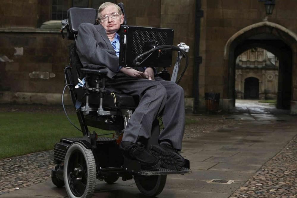 Stephen Hawking murió hoy a los 76 años