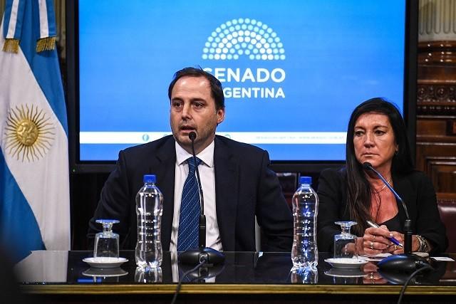 Mera Preside la Comisión de Asuntos Constitucionales  del Senado Nacional