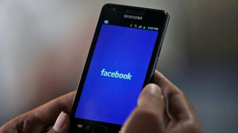 Facebook registra llamados y mensajes de texto de los teléfonos android