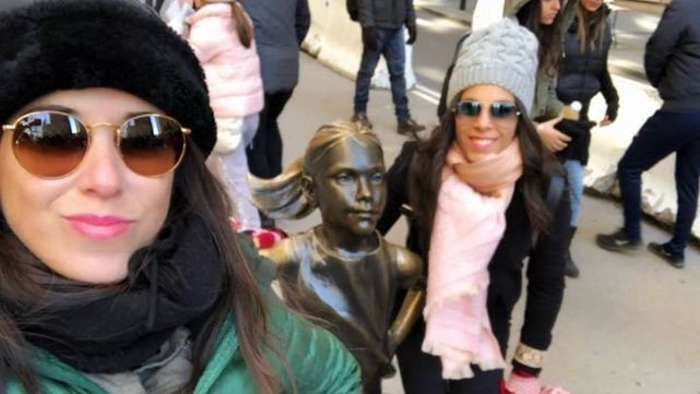 Una argentina murió al estrellarse un helicóptero turístico en Nueva York