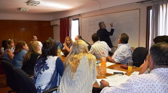 Hoy se realizará una nueva reunión entre Educación y los gremios