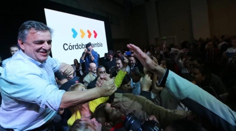 Se lanzó Negri en Córdoba y criticó el