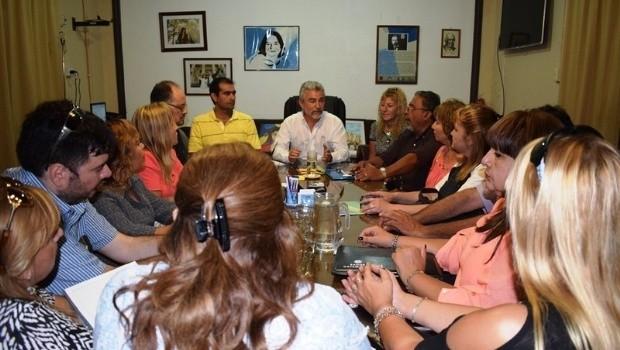 Acuerdo en las negociaciones entre Educación y los gremios docentes
