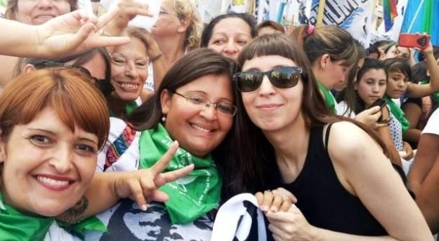 Florencia Kirchner deberá volver al país el 4 de abril