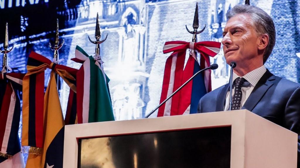 Macri, en plena disparada del dólar: