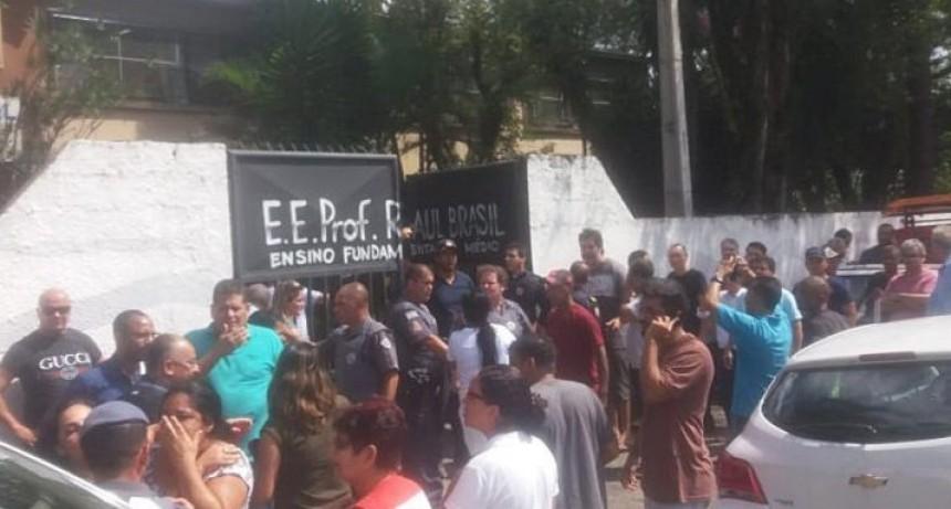 10 muertos por tiroteo en escuela de Sao Paulo: dos adolescentes abrieron fuego y se suicidaron