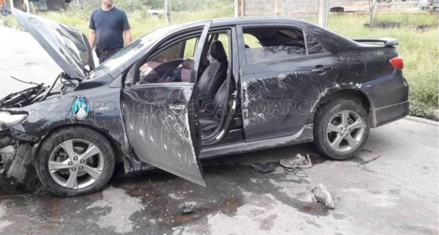 Un automovilista protagonizó un violento vuelco en el sector este de la Capital