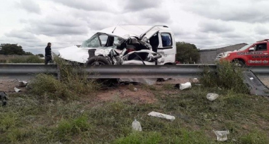Accidente frontal sobre Ruta 157