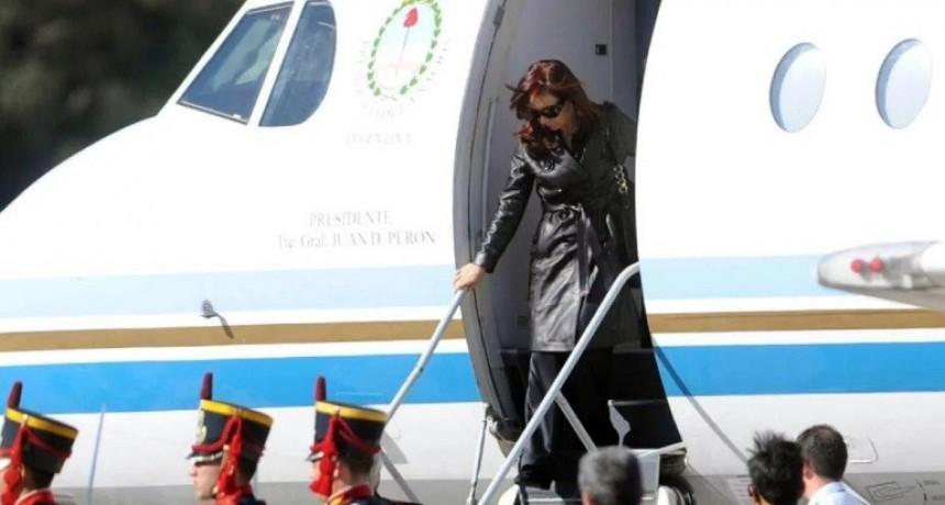 Cristina Kirchner procesada por usar aviones oficiales para enviar diarios a Santa Cruz