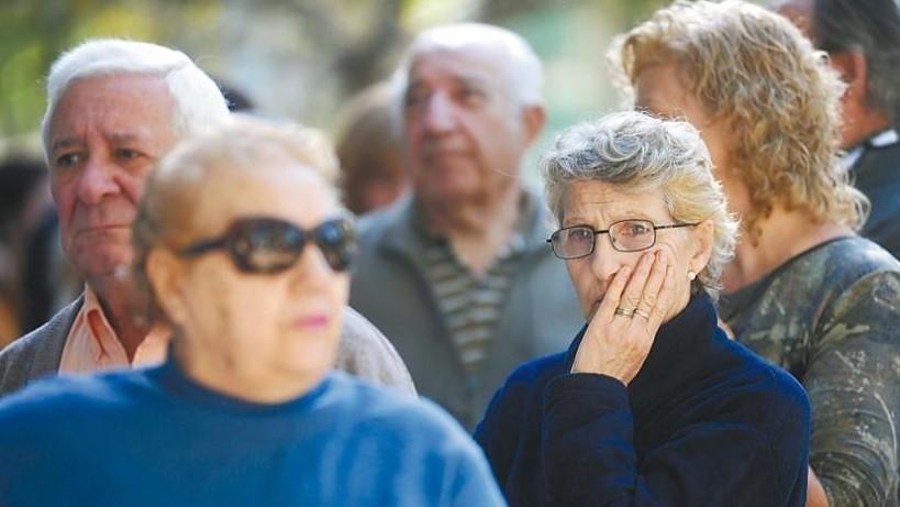 Anses: cómo cobrar las jubilaciones sin ir al banco y hacer las compras sin efectivo