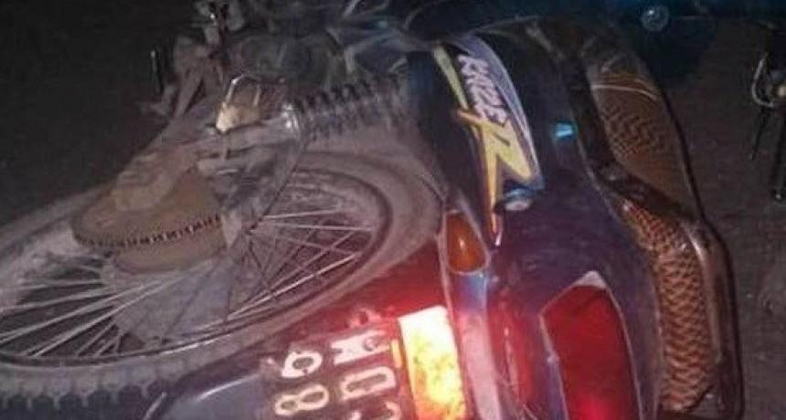 Un hombre falleció al caer de la moto en la que viajaba por la Ruta Provincial Nº 5