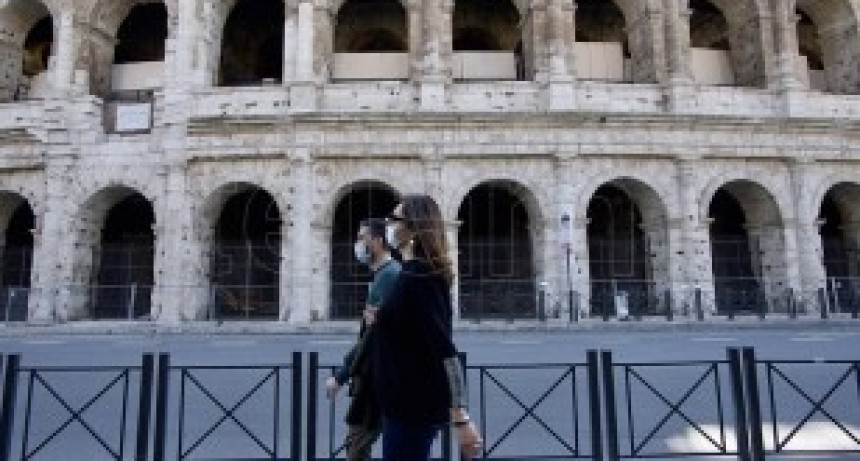Italia registró una baja del 50% de los nuevos contagios en las últimas 24 horas