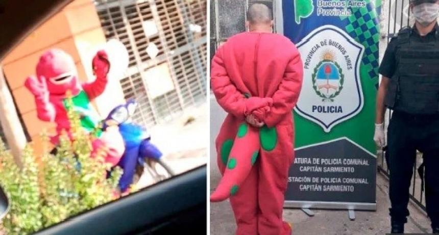Detuvieron a Barney por violar la cuarentena