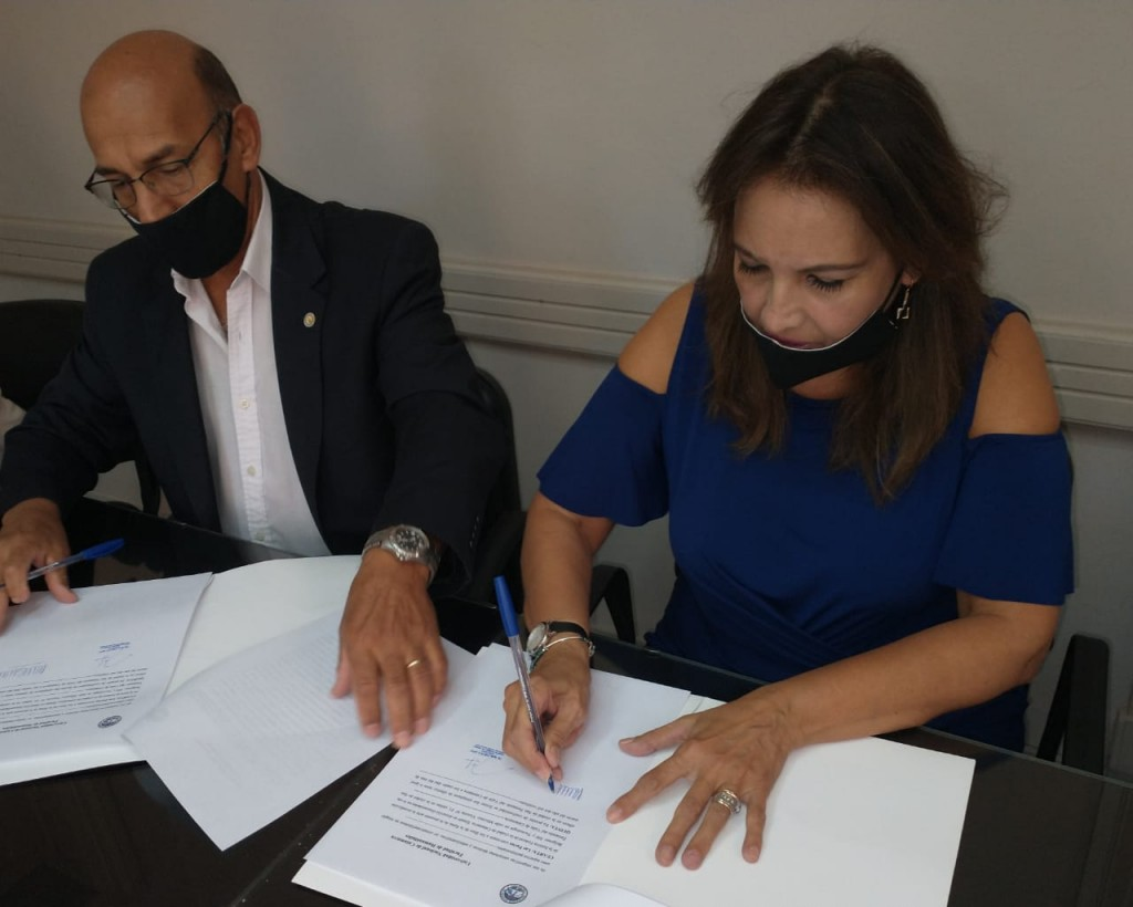 Tecnología y Humanidades firman convenio de cooperación