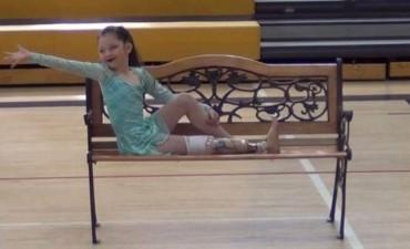 Alissa, la bailarina de ocho años de una sola pierna