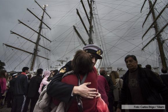 """La Fragata """"Libertad"""" zarpó en su 45° viaje de instrucción"""