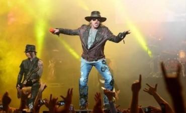 Los Guns N' Roses volvieron luego de dos décadas con un show sorpresa