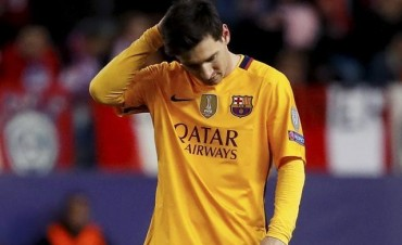 Según la COPE, Messi juega con molestias pero el Barça no lo admite