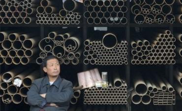 ¿Cómo nos afecta a los consumidores que China esté inundando el mundo con acero barato?