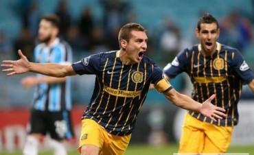 Rosario Central le ganó a Gremio en Brasil y puso un pie y medio en los cuartos